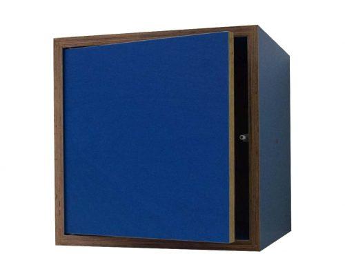 Box Blau mit Tür